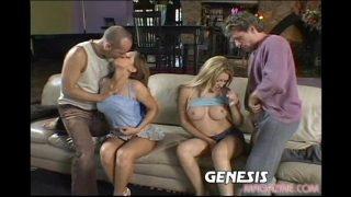 Hailey Paige und Alexia in der Gruppe Sex gefickt
